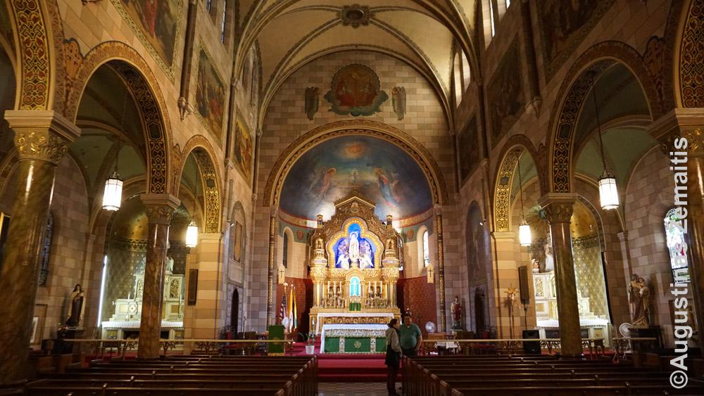 Apreiškimo lietuvių bažnyčia Niujorke
